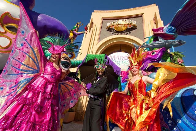 Mardi-Gras-at-Universal-Orlando-Resort-5-LR