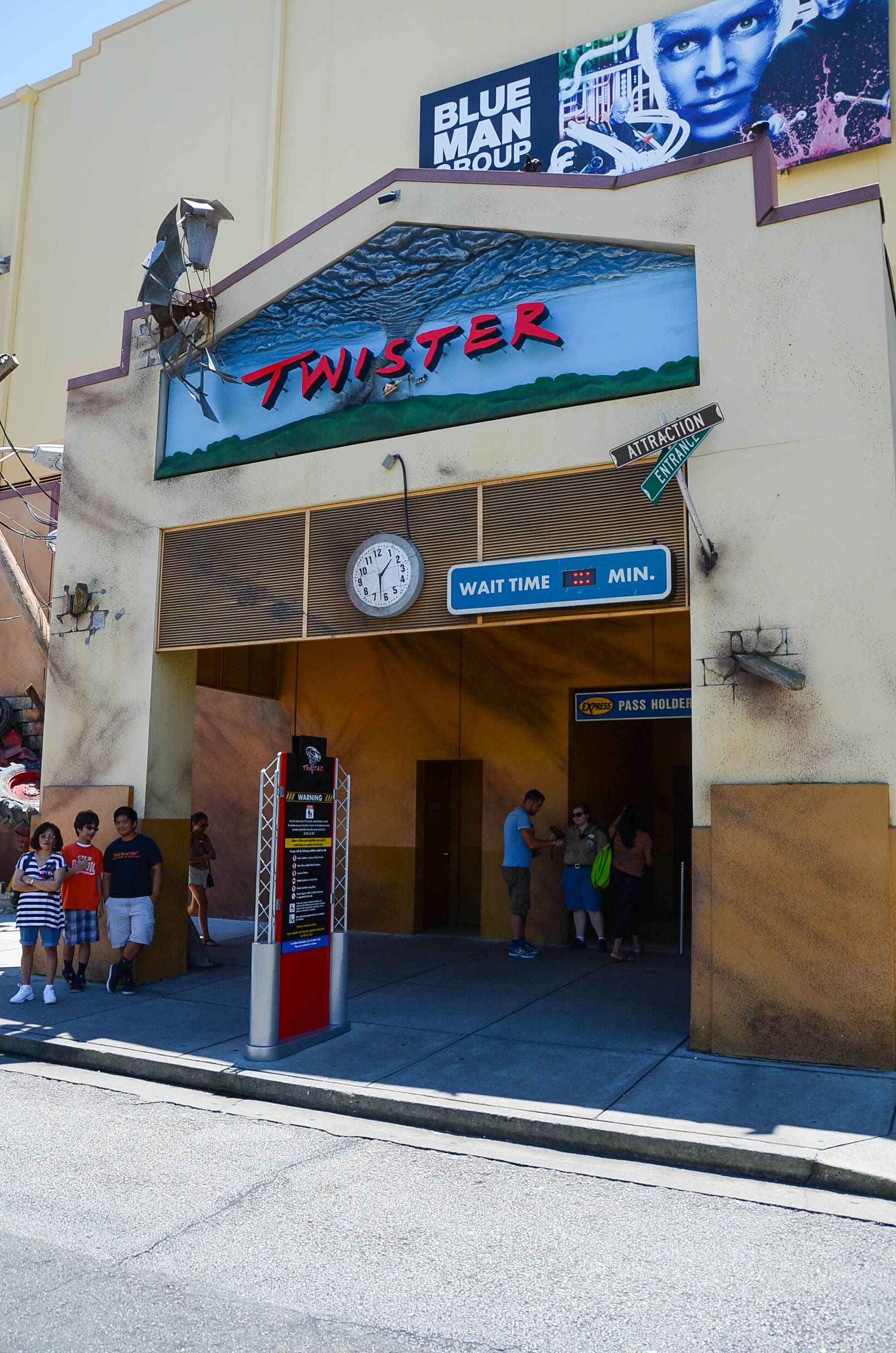 Universal Orlando Resort – TWISTER…Ride It Out | Universal ...Universal Studios Twister
