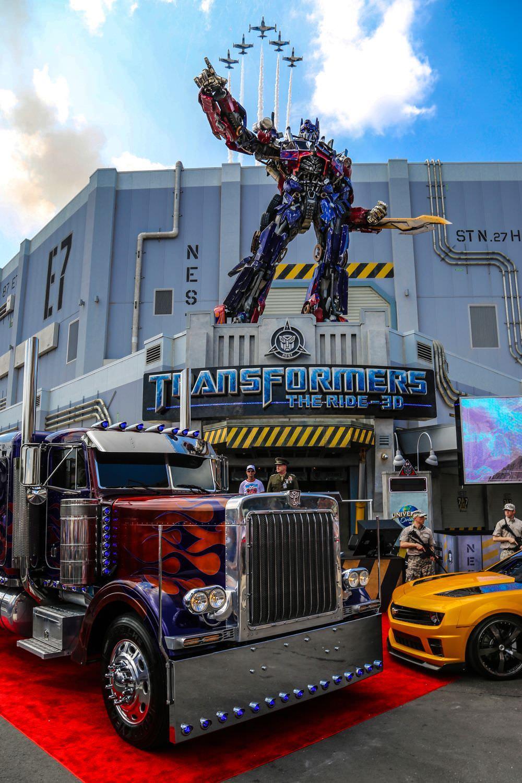 Universal Orlando Resort – TRANSFORMERS: The Ride – 3D ...  Universal Orlan...