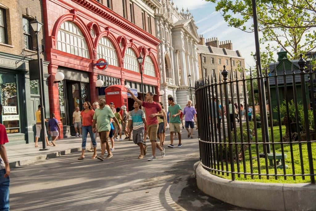 -resources-digitalassets-London - Diagon Alley_LR