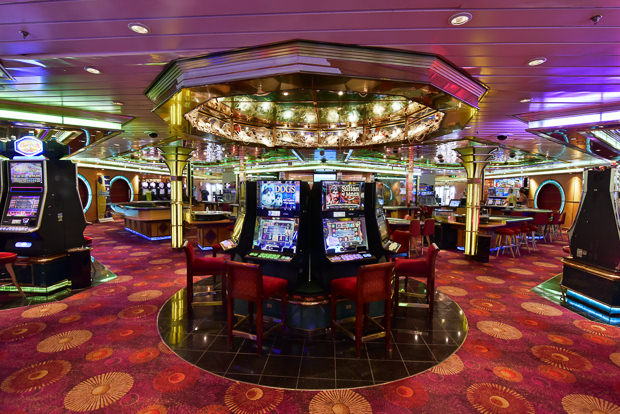 Oasis of the seas casino slots achat roulette samsonite