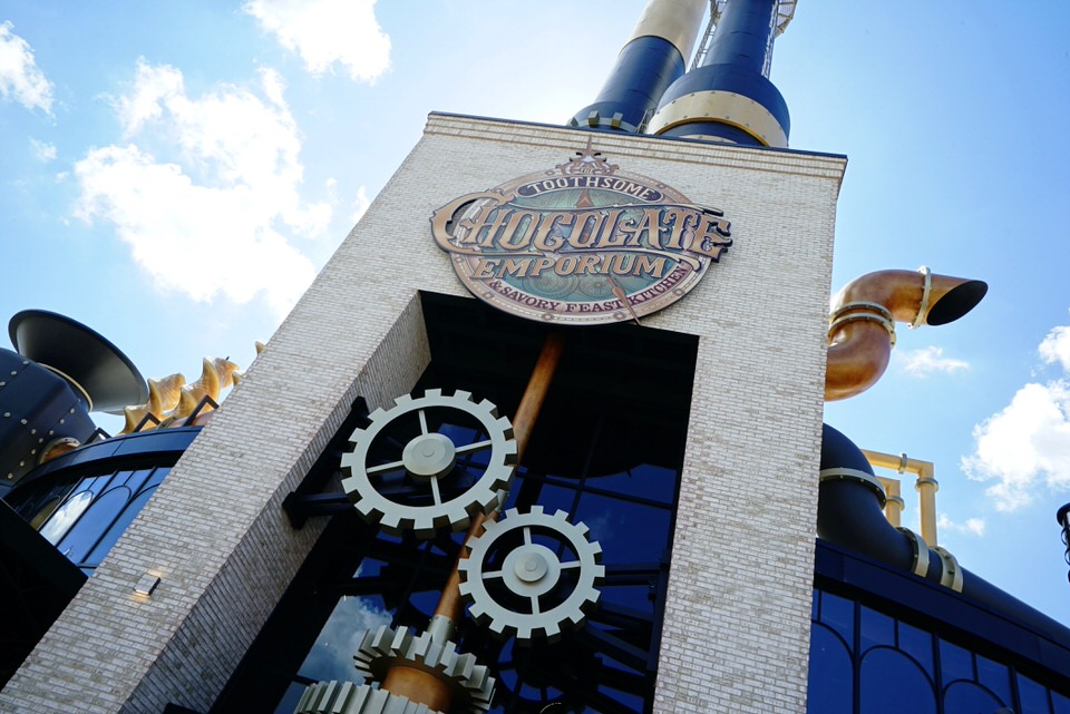02-toothsome-chocolate-emporium