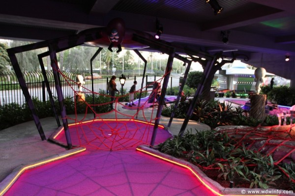 Universal Orlando Resort Hollywood Drive In Mini Golf