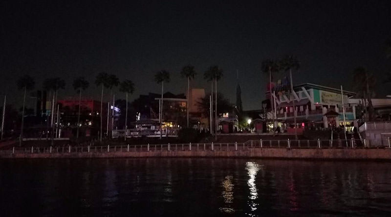 Universal CityWalk Experiences Power Outage