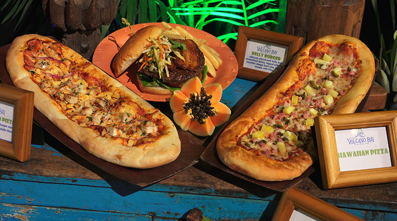 The Best and Worst Volcano Bay Food & Drinks