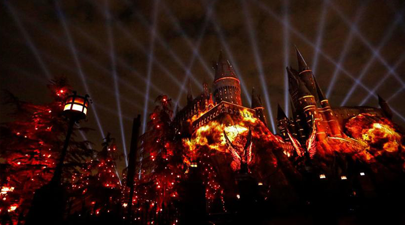 New Harry Potter Nighttime Light Show Coming to Universal Studios Hollywood