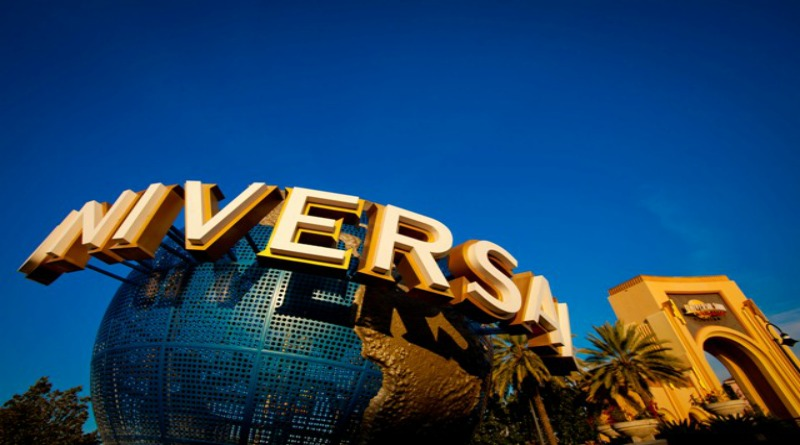 Universal Orlando Globe - LR