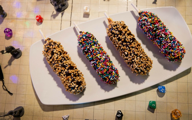 Fudge-Dipped-Waffle-on-a-Stick-Halloween-Horror-Nights-2018