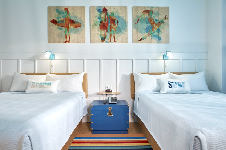02_Surfside Inn and Suites Standard Room