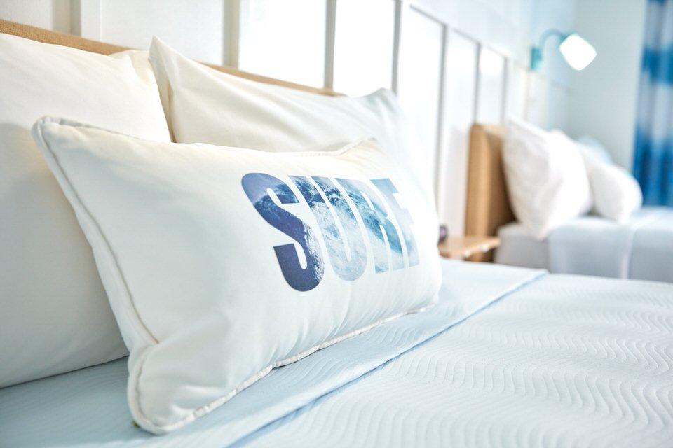 05_Surfside Inn and Suites Standard Room