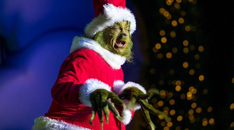 "Universal Offers ""Universal's Holiday Tour"" with Exclusive Experiences"